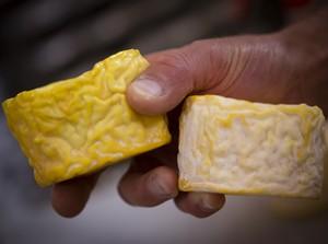 le-beurre-bordier-collection-les-familles-de-fromage-croutes-laves
